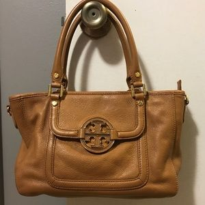 Tory Burch Purse With Crossbody Strap